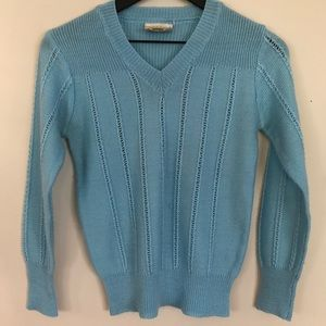 Sweaters - Beautiful light blue vintage knit sweater